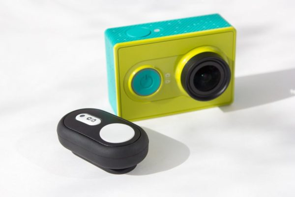 Xiaomi-Yi-Camera-Bluetooth-Remote-Controller-Shutter-блутут-дистанционно-екшън-камера-спортна-видео-3
