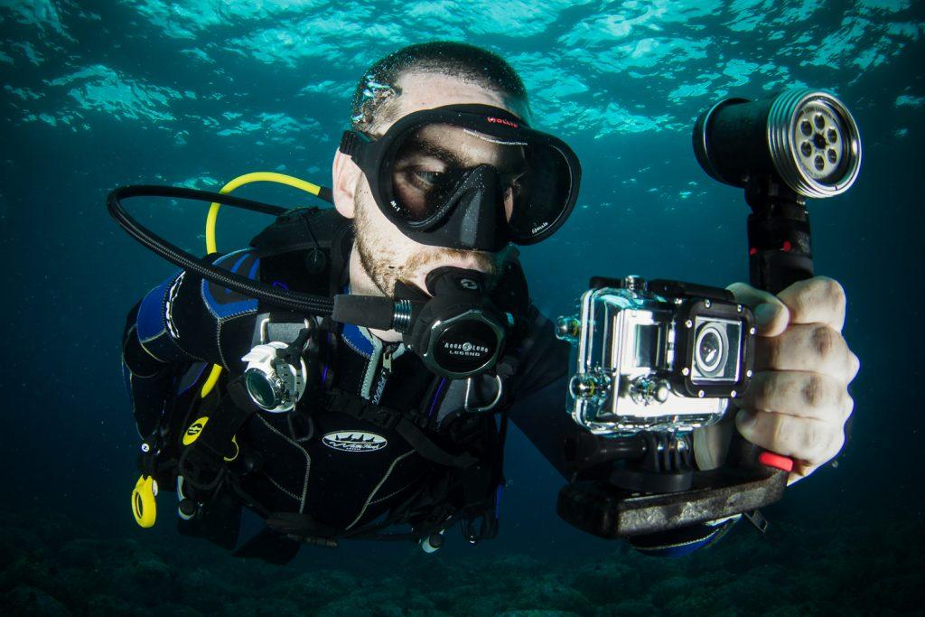 осветление за подводно снимане gopro